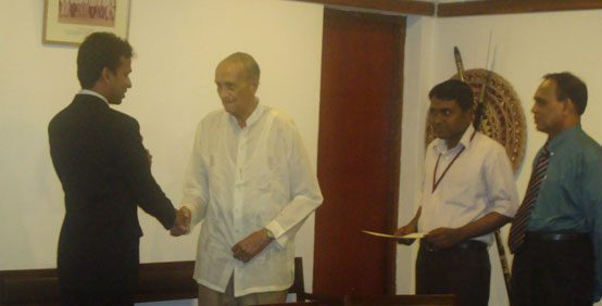 Outstanding Postgraduate Research In Information Technology 2011